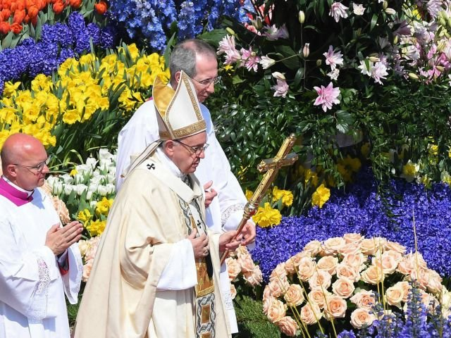 Portugal declares Papal holiday - 12 of May 2017